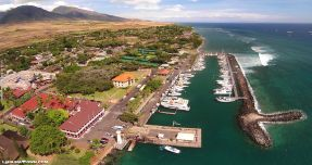 Rent a scooter, wheelchair, or stroller at Lahaina - Cloud of Goods