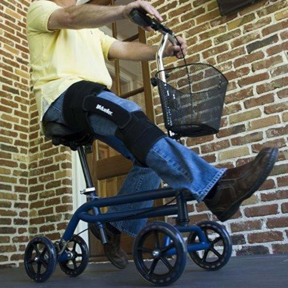 Seated Manual Scooter rentals in Las Vegas - Cloud of Goods